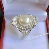 Новое серебряное кольцо с искусст.жемчугом, куб.цирконием Серебро 925 пробы