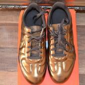 Женские кросы Nike 37р