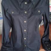 Oggi стильная черная рубашка с заклепками 44-46-48р
