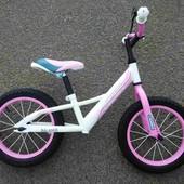 Беговел Crosser Balans 12, 14, 16 дюймов Air. Надувные колёса розовый