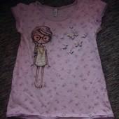 очень красивая футболка с девочкой benetton, на 6 лет(рост 120)