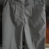 Школьные брюки на девочку 8-9 лет. (Германия)