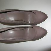 Туфли шпилька лодочки р.36 стелька 23см Bershka (Бершка)
