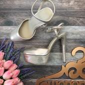 Нарядные туфли стрипы Asos с блестящим напылением  SH2819