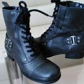 Next, 38 p.  Кожаные демисезонные ботинки
