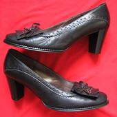 Gabor (39, 25 см) кожаные туфли