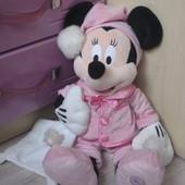 Минни в пижамке disney 43 см