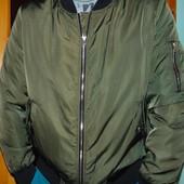 Стильная фирменная курточка бомбер бренд F&F  м-л .