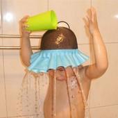 Козырек, шапочка для купания. Защита глаз от воды при мытье волос.