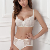 Комплект белья мягкий кружевной бюстгальтер 1403/95 Adel milk от Jasmine lingerie