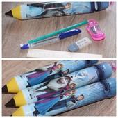 Пенал в школу. Уже собранный набор: ручка, карандаш, линейка, точилка и ластик.