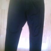 Фирменные джинсы стрейч 40 р.