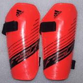 Щитки, защита для голени и стопы, экипировка футбольная Adidas