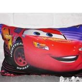 подушка  детская  3 D картинка Тачки