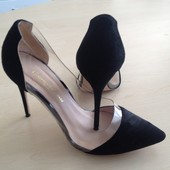 Шикарные замшевые туфли Gianvito Rossi
