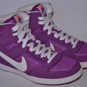 Кроссовки Nike р.40 по стельке 25,3 см.