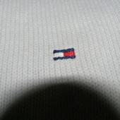 Tommy Hilfiger  свитер белого цвета  100% cotton M-L-размер. Оригинал