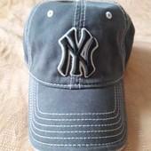 Бейсболка  фирменная New York р. 56-58см