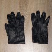 Кожаные перчатки Dents