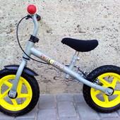 Беговел Hudora з надувними колесами і ручним гальмом