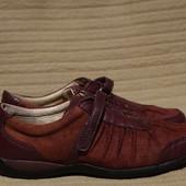 Гармоничные комбинированные кожаные кроссовки Hush Puppies США 38 р.