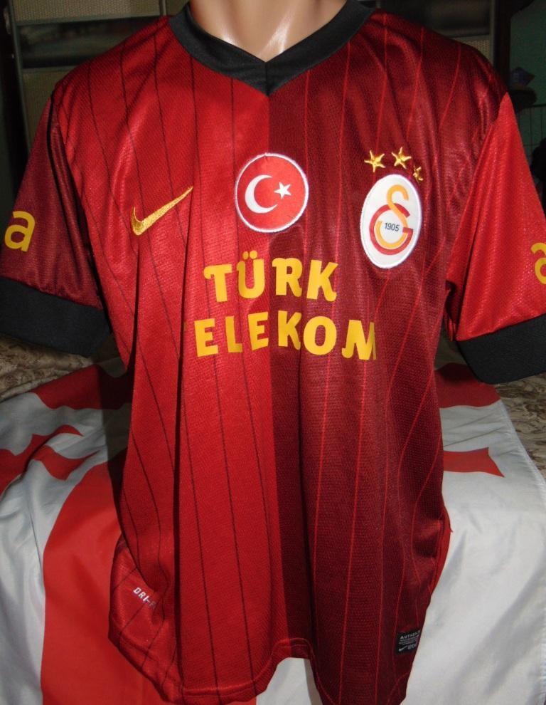 Спортивная оригинал футбольная футболка Nike  ф.к Галатасарай Sneijder .s-m фото №1