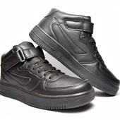 Модные кроссовки полуботинки в черном цвете (ВК-77)