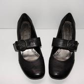 Туфли Janet D., р. 37. кожа нат.