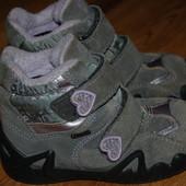 Зимние термо ботиночки 24 р Primigi Gore Tex отличное состояние