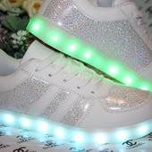 Супер цена Кроссовки LED р.41