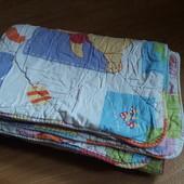 Стеганое теплое детское одеяло.