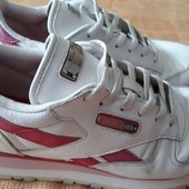 Кожаные кроссовки фирменные Reebok