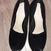 Классные туфельки Clarks р.38,5 стелька 24,5 см.