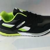 Мужские кроссовки 43-45р. черные с салатовым.