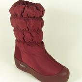 Красные зимние сапоги дутики на резиновой подошве р.37,38