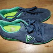 (i166)фирменные кожаные кроссовки 39 р Venice UK 5 1\2