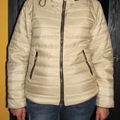Теплая деми куртка  Еuropa fashion р. L маломерит -смотрите замеры.