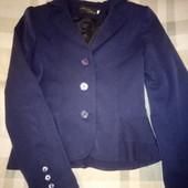 школьный пиджак и вышиваночка