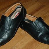 Кожаные туфли мокасины 41 р Enrico Mori хорошее состояние