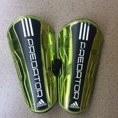 Щитки футбольные Adidas Predator оригинал