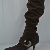 Женские замшевые сапоги на маленьком каблуке размер 36,5.