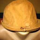 Шляпа женская,из натуральной замши,р.54.