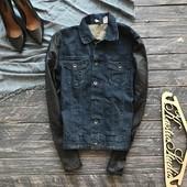 Джинсовая куртка с кожаными рукавами Divided р-р С
