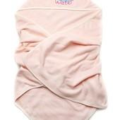 Махровое полотенце с уголоком-капюшоном