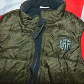 Фирменная стильная теплая жилетка бренд Yigga (Йигга) 12-15 лет