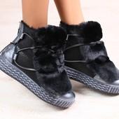 Женские зимние ботинки, комбинированные: натуральная дубленка и лаковая кожа, на меху, сверху натура