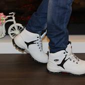 Зимние женские белые ботинки. Густой мех. Р.36-41