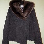 Красивый, интересный жакет/пальто in Front 80%шерсть.
