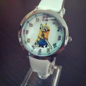Детские часы С Пасипаками. 100-36. 2 цвета