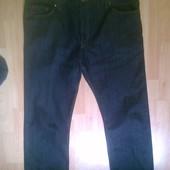 Фирменные джинсы 42 р.